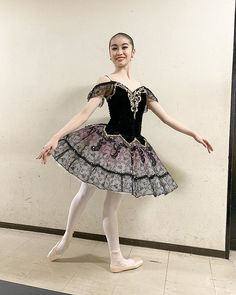 Ballerina Costume, Ballet Tutu, Ballet Costumes, Dance Costumes, Ballet Skirt, Ballerinas, Ivory, Black And White, Skirts