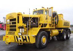 Hayes WHDX 70-170 Heavy hauler 6x6 tractor truck