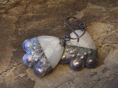 Triangle Agate Earrings with a Copper Apron by annamei on Etsy, $36.00