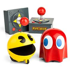 Pac Man & Ghost R/C Set ** Infrared controls ** ** Racers move in four directions ** ** Pac-Man gaming sound FX play while you race ** ** Batteries: 10 AAA batteries total (not included) **