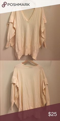 Zara Oversized Sweater Worn once! Excellent condition. Zara Sweaters Cardigans