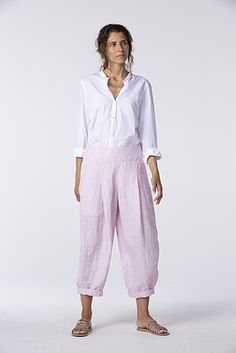 Order our Trousers Tilla 014 wash from our OSKA Spring/Summer 2020 collection today Summer Pants Outfits, Spring Outfits, Oska Clothing, Linen Pants Outfit, Types Of Trousers, Summer Feeling, Pink Pants, Powder Pink, Pullover