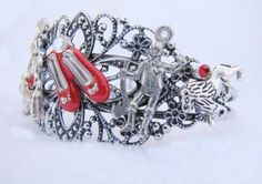 """Steampunk charm bracelet inspired by """"The Wizard of Oz"""". See Dorothy's red shoes? @ebookfriendly"""