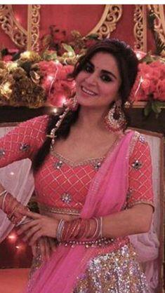 Prita Indian Tv Actress, Beautiful Girl Indian, Arya, Just For Fun, Favorite Person, Beautiful Actresses, Blouse Designs, Stars, Beauty