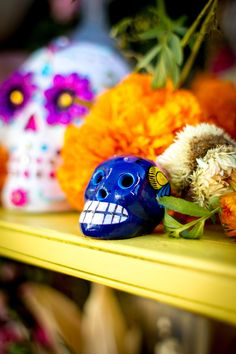 A Day of the Dead Altar is the focal point of holiday celebrations. Everything from candles to incense, Papel Picado to even Pan de Muerto can be ordered online. Here are 10 essentials to order now to prepare your Ofrenda by October Royal Icing Decorations, Diy Party Decorations, Vintage Halloween, Vintage Witch, Halloween Halloween, Halloween Makeup, Halloween Costumes, Saint Candles, Day Of The Dead Party