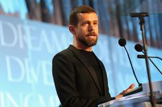 cool Twitter Employees Are Donating $1.59 Million To The ACLU After Trump's Travel Ban