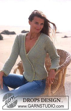 Ravelry: Cardigan knitted with 2 threads of Alpaca pattern by DROPS design Knitting Paterns, Knitting Designs, Knit Patterns, Free Knitting, Cardigan Pattern, Crochet Cardigan, Knit Or Crochet, Drops Design, Cardigan En Maille
