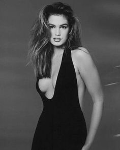the original supermodel cindy crawford Cindy Crawford, Christy Turlington, 90s Fashion, Runway Fashion, Paris Fashion, Most Beautiful Women, Beautiful People, Original Supermodels, Glamour