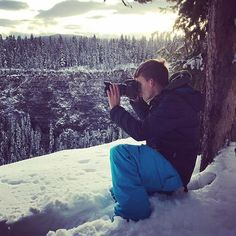 Shooting in the wild!📸🏔#nomad #travelling #justdoit #digitalart #digitalnomads #hostelnomads #travel #travelblog #walkabout #hostellife #travelphotography #travelgram #instagram #inspired #instatravel #bc #canada #water #waterfall #photooftheday #abeautifulmess #flashesofdelight #clearwater #explore #explorebc #mountains #intothewild #nikon #canon #iphone7