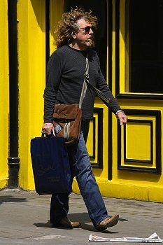 Robert Plant shopping in the UK