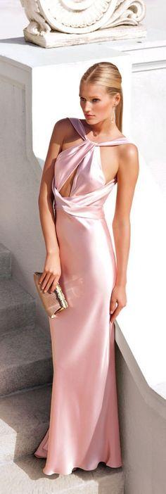 Model Toni Garrn in a luxury velvet pink dress