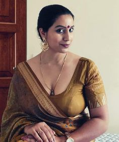 Beautiful Bollywood Actress, Most Beautiful Indian Actress, Beautiful Girl Indian, Beauty Full Girl, Cute Beauty, Beauty Women, Indian Actress Hot Pics, Indian Actresses, Beautiful Girl Image