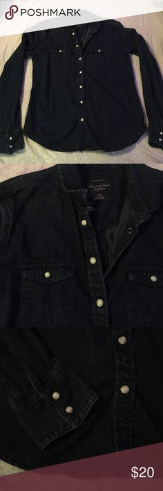 Dark jean American eagle button up/button down Dark jean American eagle button up. Buttons are snap buttons. Dress it up with a scarf or statement necklace and some leggings or colored jeans! It is NOT black. Only worn once, still in great condition. No rips tears or stains. Offers are welcome! American Eagle Outfitters Tops Button Down Shirts