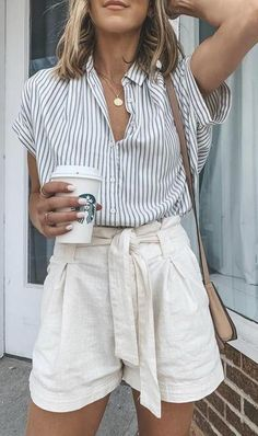♥ 46 cute spring outfits for women 2020 10 - Trendige Outfits Date Outfits, Dress Outfits, Casual Outfits, Fashion Outfits, Fashion Clothes, Womens Fashion, College Outfits, Böhmisches Outfit, Look Con Short