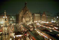 Mercado de Navidad de Núremberg es uno de los mercados más antiguos y tradicionales de la Navidad de #Alemania. Abierto del 29 de noviembre al 24 de diciembre
