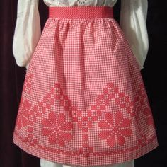 chicken scratch gingham aprons - Google Search
