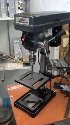 Small Drill Press, Drill Press Table, Plastic Tables, Press Machine, Wood Tools, Best Budget, Blacksmithing, Woodworking Shop, Craft Ideas