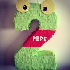 Sapo PEPE piñata #2
