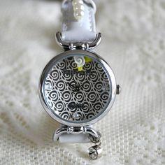 MINI hodinky - Zrcadlení Pocket Watch, Watches, Accessories, Fashion, Moda, Wristwatches, Fashion Styles, Clocks, Fashion Illustrations