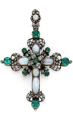 A LATE 19TH CENTURY OPAL, EMERALD, DIAMOND, SILVER AND GOLD CROSS PENDANT