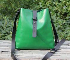 great color - kelly green satchel bag