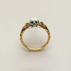Fancy - 17th Century Skull Ring
