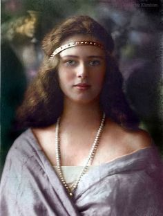 Princess Ileana of Romania. Early by klimbims European History, Women In History, Romanian Royal Family, Tsar Nicolas, Art Deco Hair, Royal Jewels, Royal Royal, Kaiser, Queen Victoria