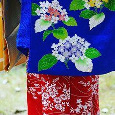 Цветущая #гортензия / #гидрангия как сезонный мотив в узорах #кимоно.  #Япония #текстиль #ткани #узоры #стиль