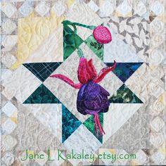 JaneLKakaley.etsy.com    Fuchsia Applique Art Quilt by Jane L Kakaley