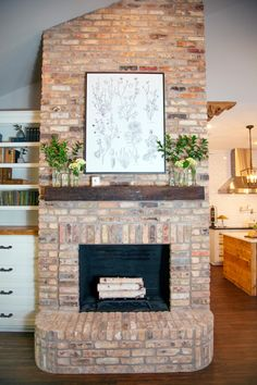 Chip and Joanna Gaines of HGTV's Fixer Upper help a former Baylor football player and his wife turn a generic house in a Waco suburb into an inviting home that's both visually impressive and family friendly. Living Room Floor Plans, Living Room Flooring, Living Room Remodel, Home Living Room, Brick Fireplace Makeover, Basement Fireplace, Damp Basement, Chimney Decor, Magnolia Fixer Upper