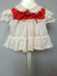 Vintage red and white 3-piece outfit by Bryan. Size 0-6 mos. Girls