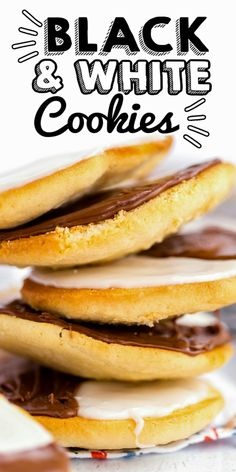 Black and White Cookies are an NYC bakery staple that is soft, cake-like, and covered with glossy vanilla and chocolate frosting. Cookie Desserts, Cookie Recipes, Black And White Cookie Recipe, Delicious Restaurant, Chocolate Frosting, Copycat Recipes, Great Recipes, Chicken Recipes, Bakery