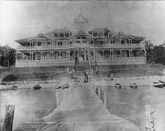 The Mineola Hotel was built in 1884 on Fox Lake.