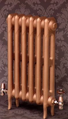 A Pimlico cast iron radiators are a traditional late Victorian cast iron radiator more widely seen in later Edwardian homes. Edwardian House, Victorian, 1900s House, Painted Radiator, Traditional Radiators, Copper Spray Paint, Georgian Interiors, Cast Iron Radiators, Metallic Colors