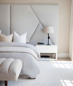 In honour of the most restful space in the home, these master bedroom ideas will present you with a host of ways that you can transform it from basic to boudoir. Master bedroom decor deserves to be de Modern Bedroom Design, Master Bedroom Design, Contemporary Bedroom, Bed Design, Master Bedrooms, Bedroom Designs, Large Bedroom Layout, Bed Back Design, Master Room