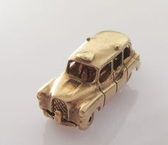9ct Gold London Taxi Cab opening Charm Shows For Hire inside. by TrueVintageCharms on Etsy
