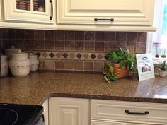 creme kitchen cabinets | ... of The Best House: Best Colors kitchens :Reface kitchen cabinets