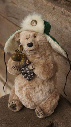 VI Московская международная выставка коллекционных медведей Teddy 2014 года Коллекция мишек на ХТ(2014г.), посвящена цитрусовым растениям. почему? все дело в том что зимой необходимо кушать витамин C, и невозможно представить новый год без елки и этих фруктов, запах детства и вкус. И цитрусы это не только мандариныи апельсины, их великое множество как видов так и названий.