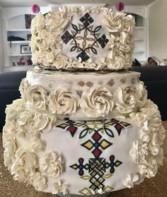 Ethiopian wedding cake #melis cake Ethiopian Wedding Dress, Ethiopian Dress, Wedding Cake Images, Wedding Cakes With Flowers, Traditional Wedding Cakes, Traditional Dresses, Blaze Birthday Cake, Africa Cake, African Wedding Cakes