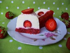Dort k prvním narozeninám /Recepty  ProMaminky.cz Cheesecake, Panna Cotta, Muffin, Breakfast, Ethnic Recipes, Food, Morning Coffee, Dulce De Leche, Cheesecakes