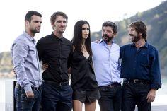 El elenco de actores promocionando la película en San Sebastián , http://albertosanzdepelicula.blogspot.com.es/2014/09/la-isla-minima.html