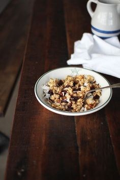 (vía Cherry Coconut Granola with Hazelnuts and a Little Bit of Gratitude | The Flourishing Foodie)