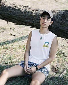 Korean Fashion, Tank Man, Mens Tops, Korean Style, K Fashion, Korea Fashion, Korean Fashion Styles