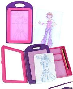 Fashion Designer toy Fashion Designer Kit for kids – Melissa and Doug gift ideas. Gift idea for kids. Girl Gift idea