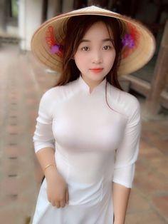 Best 11 Áo dài ~ Việt Nam Sobber and simple beautiful secrets of Style's – SkillOfKing.Com – SkillOfKing. Ao Dai, Beautiful Vietnam, Vietnam Girl, Vietnamese Dress, Beautiful Asian Women, Asian Fashion, Asian Woman, Asian Beauty, Fitness