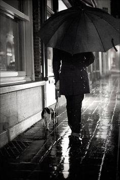 Rainy Night by Oliver Fluck