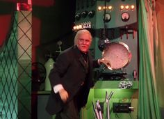 """The Wizard of Oz: """"Ignore the man behind the curtain!"""""""