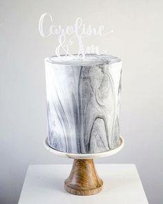 marble black wedding cake
