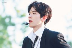 Baekhyun - 170519 FIFA U-20 World Cup Opening Commemorative Music Bank in Jeonju  Credit: 5월 6일 날씨맑음. (FIFA U-20 월드컵 전주 개막 기념 뮤직뱅크)