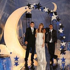 This Over the Moon Arch Kit measures high x wide x deep, so it's a great photo op for a star Prom theme. Add your own light to make the moon glow! Starry Night Prom, Prom Night, Dance Themes, Prom Themes, Over The Moon, Stars And Moon, 8th Grade Dance, Royal Blue Background, Daddy Daughter Dance